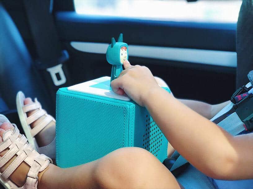 Beschäftigung für Kleinkinder im Auto mit den Boxine Tonies