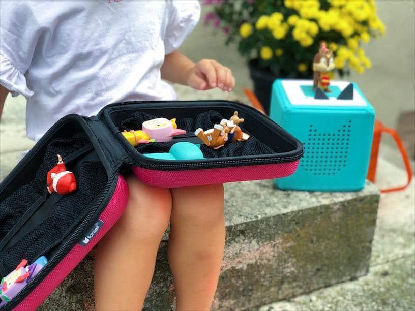 Beschäftigung für Kleinkinder im Auto mit den Boxine Tonies Urlaub