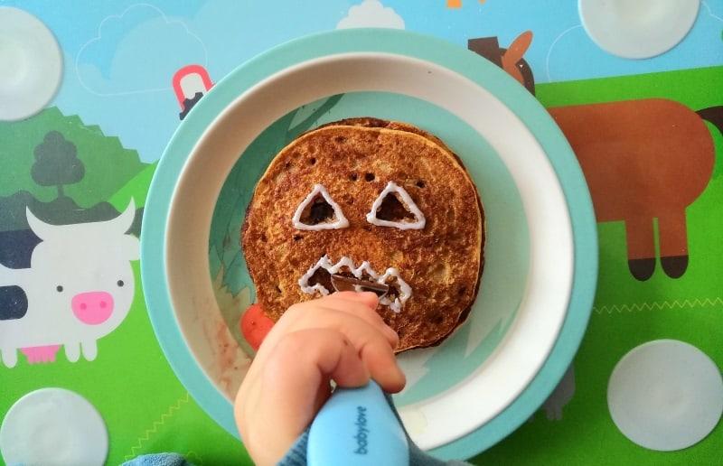 Apfelmus-Kürbis-Pancakes-Halloween-10-Tipps-damit-Kinder-mehr-Gemüse-essen-inkl.-Rezeptideen