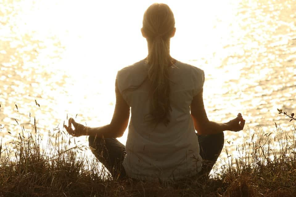 Wie du als Mama bei Lärm meditieren kannst