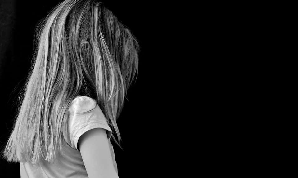 Dem inneren Kind mit dem Unterbewusstsein näher kommen inneres kind