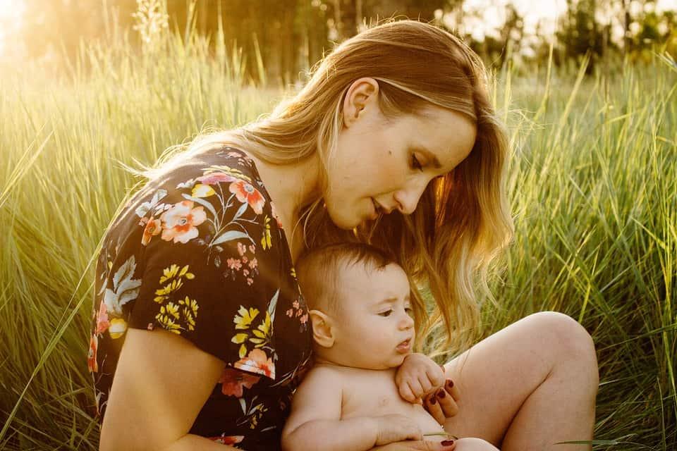 Weiblichkeit leben in der Mutterschaft