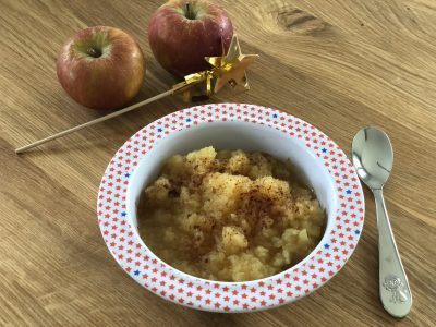 Apfelkompott ohne Zucker für Babys und Kleinkinder