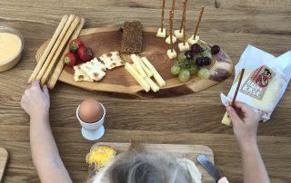Warum das gemeinsame Familienessen so wichtig für Kinder ist - mit Appenzeller® Rahmkäse Käse titel