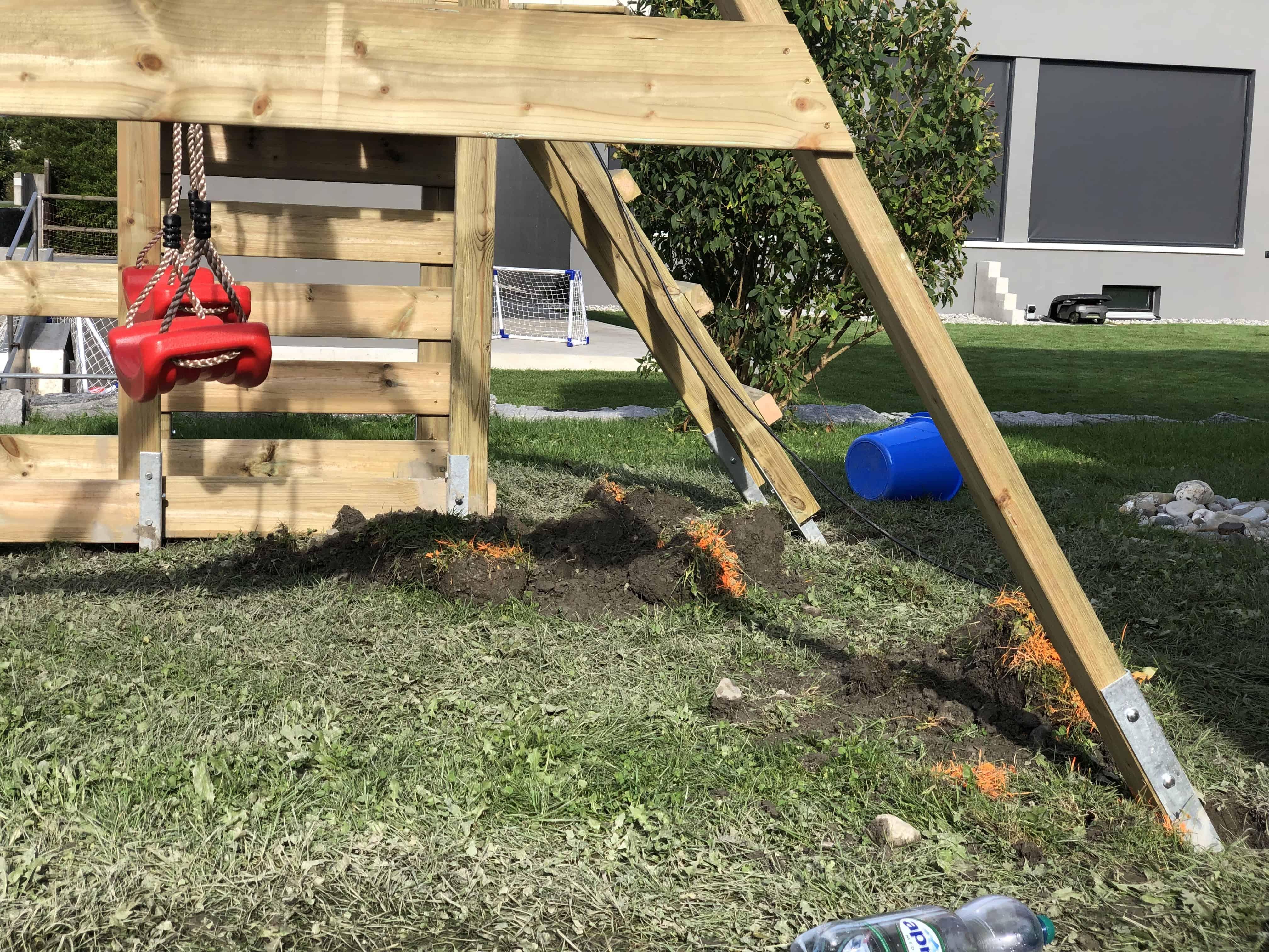 Ein Spielturm für zwei Kleinkinder - der Royal Flyer von Wickey Aufbau....