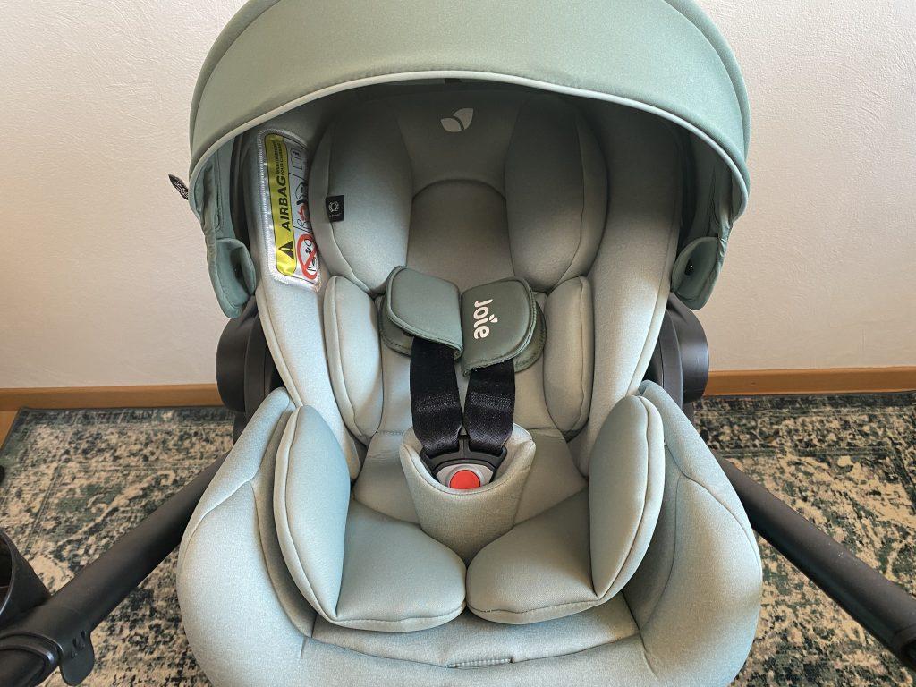 Joie versatrax™ Kinderwagen Testbericht und Erfahrung Babyschale.